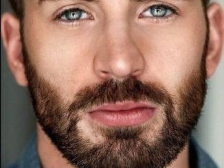 blue eyes chris evans