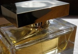 Best smelling cologne options for men based on science data