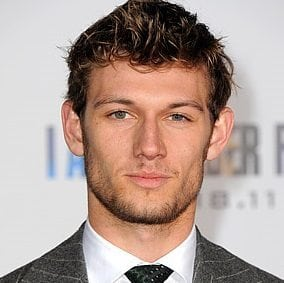 Alex Pettyfer grey bluue eyes