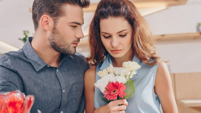 7 Honest Reasons Women Won't Date You | Guy Counseling