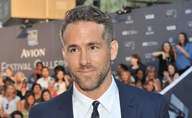 ryan reynolds grey hair